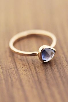 Blue Freeform Sapphire Ring - 14K Gold