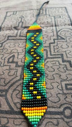 Bead Loom Bracelets, Beaded Bracelet Patterns, Woven Bracelets, Friendship Bracelet Patterns, Bead Crochet Patterns, Beading Patterns, Seed Bead Jewelry, Beaded Jewelry, Beadwork Designs