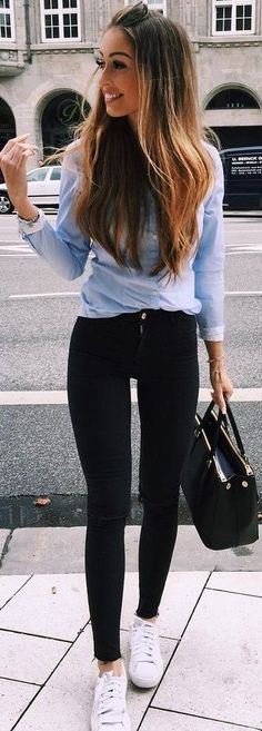 Black skinnies + blue button down.