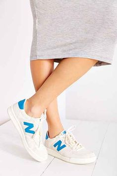 New Balance CRT300 Court Sneaker - Urban Outfitters