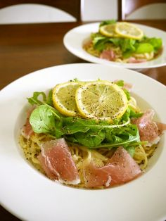 生ハムとルッコラのレモンクリームパスタ Lemon Recipes, Wine Recipes, Pasta Recipes, Gourmet Recipes, Cooking Recipes, Healthy Recipes, Pasta Soup, Pasta Dishes, Daily Meals