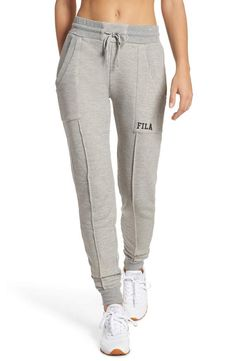 Med, color: Gray Source by bethdotolo deportiva Jogger Pants Style, Sport Pants, Sport Fashion, Fashion Pants, Fashion Outfits, Workout Attire, Workout Wear, Sporty Outfits, Cute Outfits