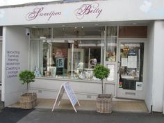 Cornwall: Sweetpea Betty, Falmouth