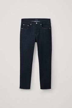 Discover our jeans for men. Crafted from durable organic cotton, explore a range of modern cuts in timeless shades. Dark Blue Jeans, Black Jeans, Latest Clothes For Men, Wide Leg Trousers, Slim Legs, Skinny Legs, Work Wear, Denim Jeans, Cos