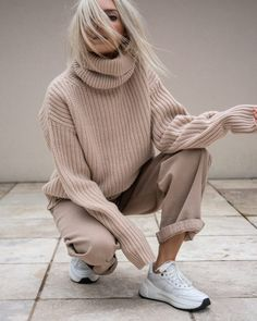 Daily outfit ideas for trendy woman – Just Trendy Girls - Moda Italiana Oversized Sweater Outfit, Sweater Outfits, Fall Outfits, Casual Outfits, Fashion Moda, Look Fashion, Winter Fashion, Fashion Outfits, Womens Fashion
