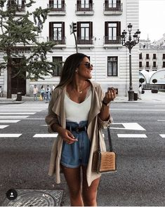 Summer style Mode Outfits, Casual Outfits, Fashion Outfits, Fashion Tips, Spring Summer Fashion, Spring Outfits, Autumn Fashion, Only Shorts, Look Con Short