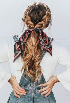 Prom Hairstyles Half Up Half Down Effortless hairstyles that.- Prom Hairstyles Half Up Half Down Effortless hairstyles that you can rock anywhe…, - Scarf Hairstyles, Pretty Hairstyles, Hairstyle Ideas, Hairstyles 2018, Simple Hairstyles, Wedding Hairstyles, Cute School Hairstyles, Long Hair Hairstyles, Cute Hairstyles For Summer