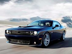 https://file.kbb.com/kbb/images/content/editorial/slideshow/2015-dodge-challenger-srt-hellcat-707-hp/2015-dodge-charger-srt-front-action-black-600-001.jpg