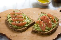 If Avocado Toast were a person they'd totally be celebrity that wouldn't be able to leave their house without a swarm of security. Avocado toast is internet famous--it's been blogged about, Instagramed about like a million times. And for good reason... #avocadotoast #grapefruitandhazelnuts #leaftv