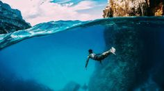 Is the best sensation in the world? Underwater Photos, Underwater World, Underwater Photography, Cool Pictures, Cool Photos, Amazing Photos, Camera Shop, Action Photography, Surf City