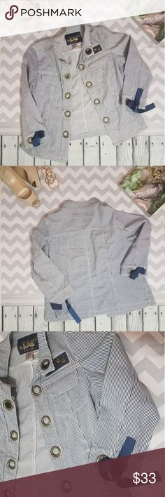 LAL white & blue striped blazer jacket ✔LAL live a little white & blue striped blazer jacket  ✔Super cute and adorable designers Blazer!!💙🔥👌 ✔Excellent used condition. ✔No flaws or stains. 98% cotton 2% spandex Live a Little Jackets & Coats Blazers