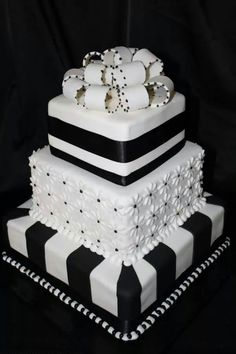 Blanco y Negro/ cake black and white
