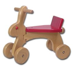 Paspirtukas Wooden Gifts, Wooden Diy, Wood Projects, Woodworking Projects, Steam Bending Wood, Wooden Bicycle, Wooden Words, Natural Toys, Wood Toys