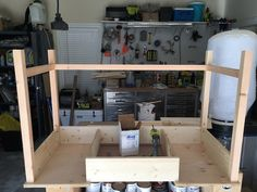 Free and easy DIY plans for how to build a flip top vanity with a hinged top. This great looking DIY vanity is functional and easily conceals all the mess. Diy Makeup Vanity Plans, Diy Makeup Vanity Table, Vanity Tables, Makeup Vanities, Vanity Ideas, Bathroom Vanities, Woodworking Projects Diy, Diy Projects, Baños Shabby Chic