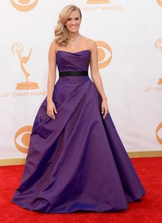 Carrie Underwood at the 2013 Emmy Awards