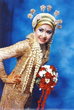 gaun pengantin wanita muslim modfikasi