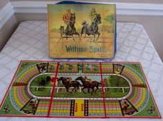 VINTAGE FRENCH-GERMAN-STEEPLE CHASE HORSE RACE GAME-WETTRENN-SPIEL-BOXED LEAD HORSES C. 1900