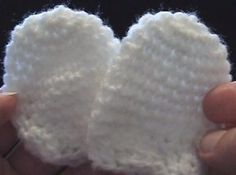Crochet Geek - Free Instructions and Patterns: Crochet Thumbless Baby Mittens - 2-Ply Yarn