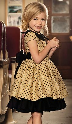 Persnickety Josephine Holiday Polka Dot Dress - Home Decor Idea Little Girl Outfits, Little Girl Fashion, Little Girl Dresses, Kids Fashion, Girls Dresses, Flower Girl Dresses, Pageant Dresses, Outfits Niños, Kids Outfits