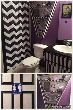 Beetlejuice home decor Gothic Bathroom, Gothic Room, Gothic House, Master Bathroom, Dark Home Decor, Goth Home Decor, Home Goods Decor, Beetlejuice House, Horror Decor