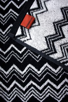 homevialaura #missoni #towel #zigzag