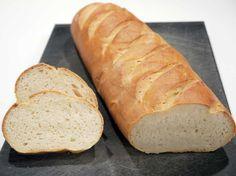French Bread - the classic recipe Quick Recipes, Quick Easy Meals, Bread Recipes, Bread Cake, Dessert Bread, Easy French Bread Recipe, Bosnian Recipes, Danish Food, No Bake Desserts