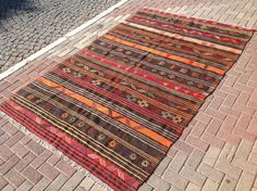 Kilim rug Green and red area rug 114.5 x 74 by PocoVintage