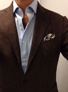 Zegna cashmere silk Milano in mocha herringbone Finamore Hermes Hierbas de Ibiza The tie with the new coffee stain in the briefcase. Ok I'll take it it is my style. Sharp Dressed Man, Well Dressed Men, Looks Cool, Men Looks, Look Fashion, Mens Fashion, Fashion Ideas, Fashion Inspiration, Mode Costume