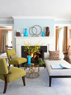 House of Turquoise - beige base, chocolate brown wood, pops of turquoise. A fun and fresh color #paint scheme that is perfect for casual living.