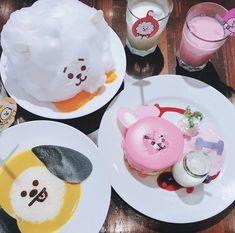 Desserts Japonais, Bts Cake, Cute Desserts, Cafe Food, Kpop, Aesthetic Food, Cute Cakes, Korean Food, Food Cravings