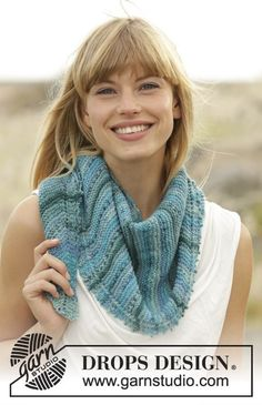 """Blue Rapids - Knitted DROPS shawl in garter st in """"Fabel"""". - Free pattern by DROPS Design"""