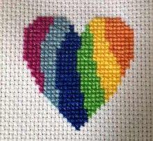 Modern heart free cross stitch pattern