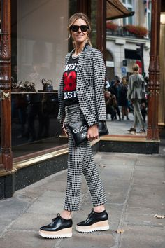 Fashion Month street style trends: flatforms. Photo: Imaxtree