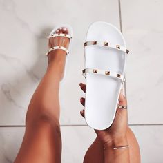 high heels – High Heels Daily Heels, stilettos and women's Shoes Pretty Shoes, Cute Shoes, Me Too Shoes, Cute Sandals, Shoes Sandals, Shoes Sneakers, Flat Sandals, Cute Slippers, Fresh Shoes