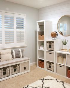 Home : Study Room Organization. Via The Design Twins Home Office Design, Home Office Decor, Home Design, Interior Design, Simple Apartment Decor, Workplace Design, Apartment Ideas, Design Ideas, Room Ideas Bedroom