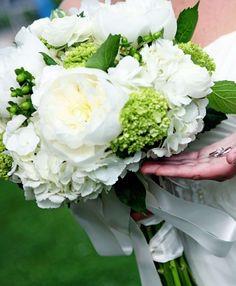 """Résultat de recherche d'images pour """"bouquet della sposa ortensie verdi"""""""