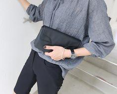 Korea womens shopping mall [REALCOCO] Face Cross Bag / Size : FREE / Price : 36.27 USD #koreafashionshop #koreafashion #pinterfashion #pinterclothes #pintershop #koreashop #dailyfashion #OOTD #apparel #bag
