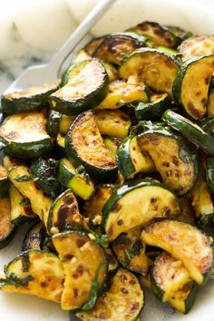 Simple Sautéed Zucchini Simple sautéed zucchini that takes under 15 minutes and is full of flavour. Makes a great side dish or perfect with some fresh bread or toast! Side Dish Recipes, Vegetable Recipes, Vegetarian Recipes, Cooking Recipes, Healthy Recipes, Zucchini Side Dishes, Healthy Side Dishes, Vegetable Dishes, Sauteed Zucchini Recipes