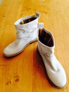 beautiful grey Felmini ankle boots