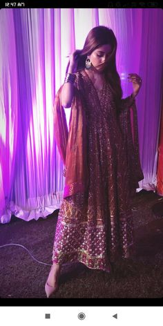 Pakistani Dress Design, Pakistani Outfits, Indian Outfits, Sajjal Ali, Girl Sketch, Pakistani Actress, Hot Actresses, My Princess, Designer Dresses