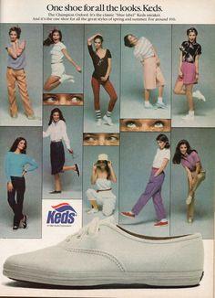 Early 90s Fashion, Retro Fashion, Vintage Fashion, Fashion Goth, Vintage Sneakers, Vintage Shoes, Vintage Outfits, Vintage Ads, Vintage Magazines