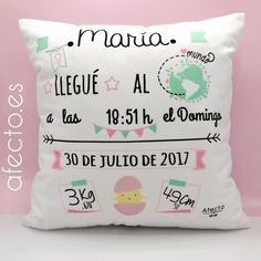 Diy Pillows, Throw Pillows, Mom And Baby Outfits, Cardboard Dollhouse, Diy Cushion, Baby Shower Princess, Welcome Baby, My Baby Girl, Diy Party