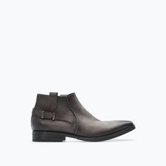 Image 1 of LEATHER ANKLE BOOT WITH BUCKLE from Zara