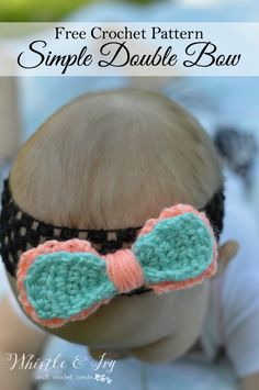 Free Crochet Pattern - Double Bow Crochet Pattern - This sweet two-toned double bow is a sweet and colorful accessory, perfect for a baby headband.