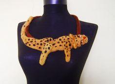 fühlte mich Leopard Collier umweltfreundliche von evalinen auf Etsy, $35.00