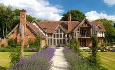 Oak frame house and oak framed homes   oak design and build   oakwrights.co.uk
