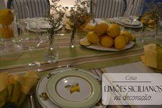 Limões na decoração da mesa.