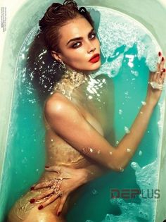 Ngắm vẻ đẹp tuyệt vời của dàn thiên thần Victoria's Secret khi cởi nội y | Thời Trang