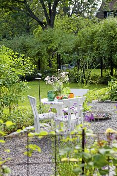 a lovely Swedish patio | Lantliv