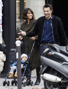 Halle Berry with Olivier Martinez & Maceo.